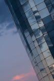 interes wysoki nowoczesny budynek drapacz chmur Zdjęcia Royalty Free