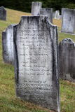 Interessante alte Grabsteine, einer von Homer Merwin, der starb, als er 24 war, Mittelkirchhof, neues Milford, CT, 2015 Lizenzfreie Stockfotografie