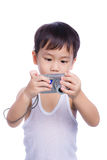 Interessante digitale kompakte Fotokamera des kleinen Jungen Stockfoto