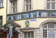 Interessante freskokunst op de Zonlichtkamers die Dublin Ireland inbouwen stock afbeelding