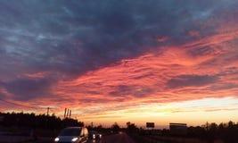 Interessante mening van de hemelvan de summerÂzonsondergang Stock Foto