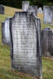 Interessante oude grafzerken, één van Homer Merwin, dat stierf toen hij 24, Centrumbegraafplaats, Nieuwe Milford, CT, 2015 was Royalty-vrije Stock Fotografie