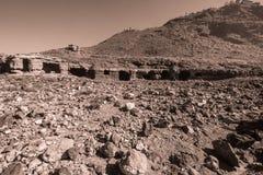 Interessante Ruinen von den Felsenhäusern von Teneriffa stockbilder
