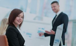 interesy ilustracyjni ludzie jpg położenie Biznesu drużynowy działanie na ich biznesowym projekcie Fotografia Royalty Free