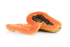 Interi frutti della papaia su fondo bianco Fotografia Stock Libera da Diritti