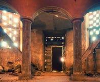 Interier της εγκαταλειμμένης εκκλησίας Υπόγειος θάλαμος apse Στοκ Εικόνες