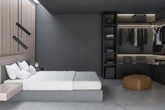 Interior à moda do quarto com fundamento branco da cama enorme em elegante 3d rendem wardrobe ilustração stock