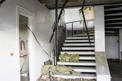 Interior abandonado de la casa Imagen de archivo libre de regalías