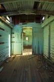 Interior abandonado do trem foto de stock