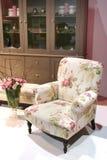 Interior acogedor con la decoración del resorte Fotos de archivo libres de regalías