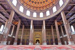 Interior adornado de la mezquita Fotos de archivo libres de regalías