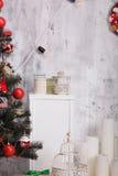 Interior adornado de la Navidad Imagenes de archivo