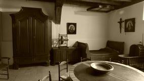 Interior antiguo de una casa vieja fotos de archivo libres de regalías