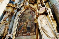 Interior armenio de la iglesia católica fotografía de archivo