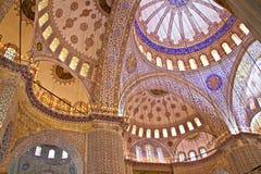 Interior av den blåa moskén, Istanbul, Turkiet Arkivbild