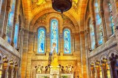 Interior av den romersk-katolsk kyrkan Fotografering för Bildbyråer