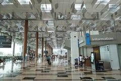 Interior av den Singapore Changi flygplatsen Arkivfoton