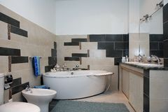 Free Interior Bathroom. Luxury Modern Bathroom Interior. Royalty Free Stock Images - 11691349
