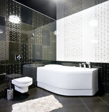 Interior of black and white bathroom Royalty Free Stock Photography