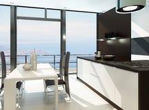 Interior blanco de lujo de la cocina con muebles de madera Fotografía de archivo libre de regalías