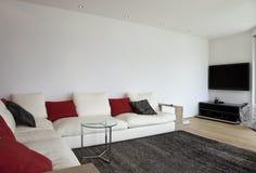 Interior bonito de uma casa moderna Fotos de Stock