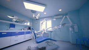 Interior bonito do escritório dental moderno video estoque