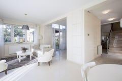 Interior brilhante com espaço aberto Imagens de Stock Royalty Free