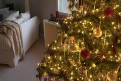 Interior casero de la Navidad Foto de archivo libre de regalías
