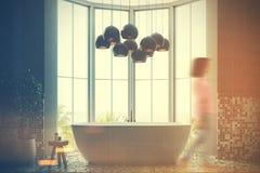 Interior cinzento do banheiro, cuba, tonificada Imagens de Stock