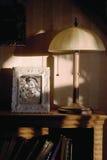 Interior con el retrato de la familia imagen de archivo libre de regalías