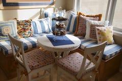 Interior con los vectores y las sillas Imágenes de archivo libres de regalías