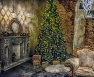 Interior con un árbol de navidad fotografía de archivo libre de regalías