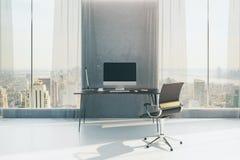 Interior concreto com local de trabalho Foto de Stock Royalty Free