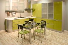 Interior contemporáneo de la cocina Imagen de archivo libre de regalías