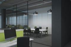 Interior coworking à moda do escritório Fotos de Stock Royalty Free
