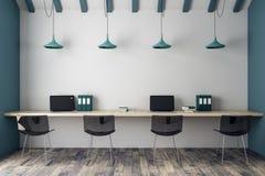 Interior coworking moderno do escritório Imagem de Stock Royalty Free