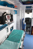 Interior da ambulância Fotos de Stock