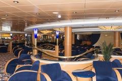 Interior da barra do navio de cruzeiros Imagens de Stock