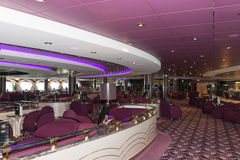 Interior da barra do navio de cruzeiros Fotos de Stock Royalty Free