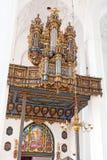 Interior da basílica de St Mary em Gdansk fotos de stock