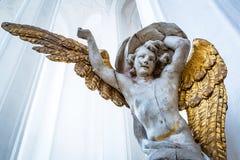 Anjo na basílica de St Mary em Gdansk foto de stock