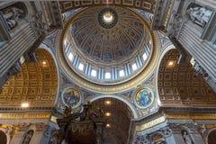 Interior da basílica de St Peter em Roma Foto de Stock Royalty Free