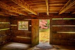 Interior da cabine rústica Imagens de Stock Royalty Free