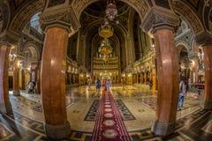 Interior da catedral ortodoxo de Timisoara fotografia de stock