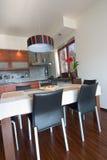 Interior da cozinha moderna Imagens de Stock Royalty Free