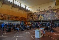 Interior da estação de trem principal fotografia de stock