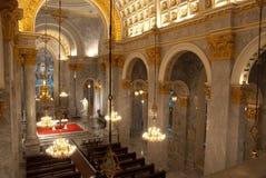 Interior da igreja católica em Tailândia. fotografia de stock