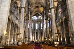 Interior da igreja de Santa Maria del Mar em Barcelona, Catalonia, Espanha Imagens de Stock