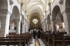 Interior da igreja de St Catherine em Bethlehem Gravou-se primeiramente no século XV imagens de stock