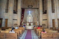 Interior da igreja de Yerevan Kathoghike fotografia de stock